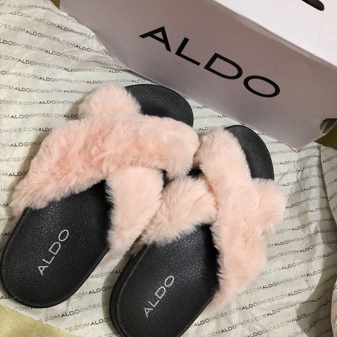 62b63fb6713 Aldo fur slides