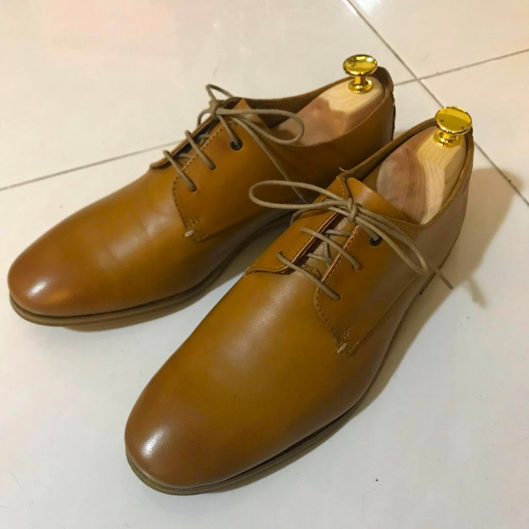 db045c5c6a1 Clarks Collection Leather Dress Shoes (UK 7)