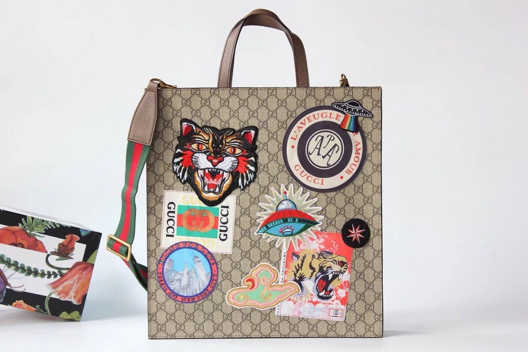 76d70bfb8f16 Gucci canvas, Women's Fashion, Bags & Wallets, Others on Carousell