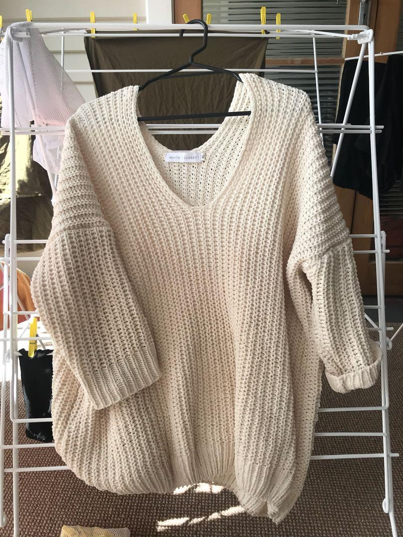 Oversized comfy knit sweater