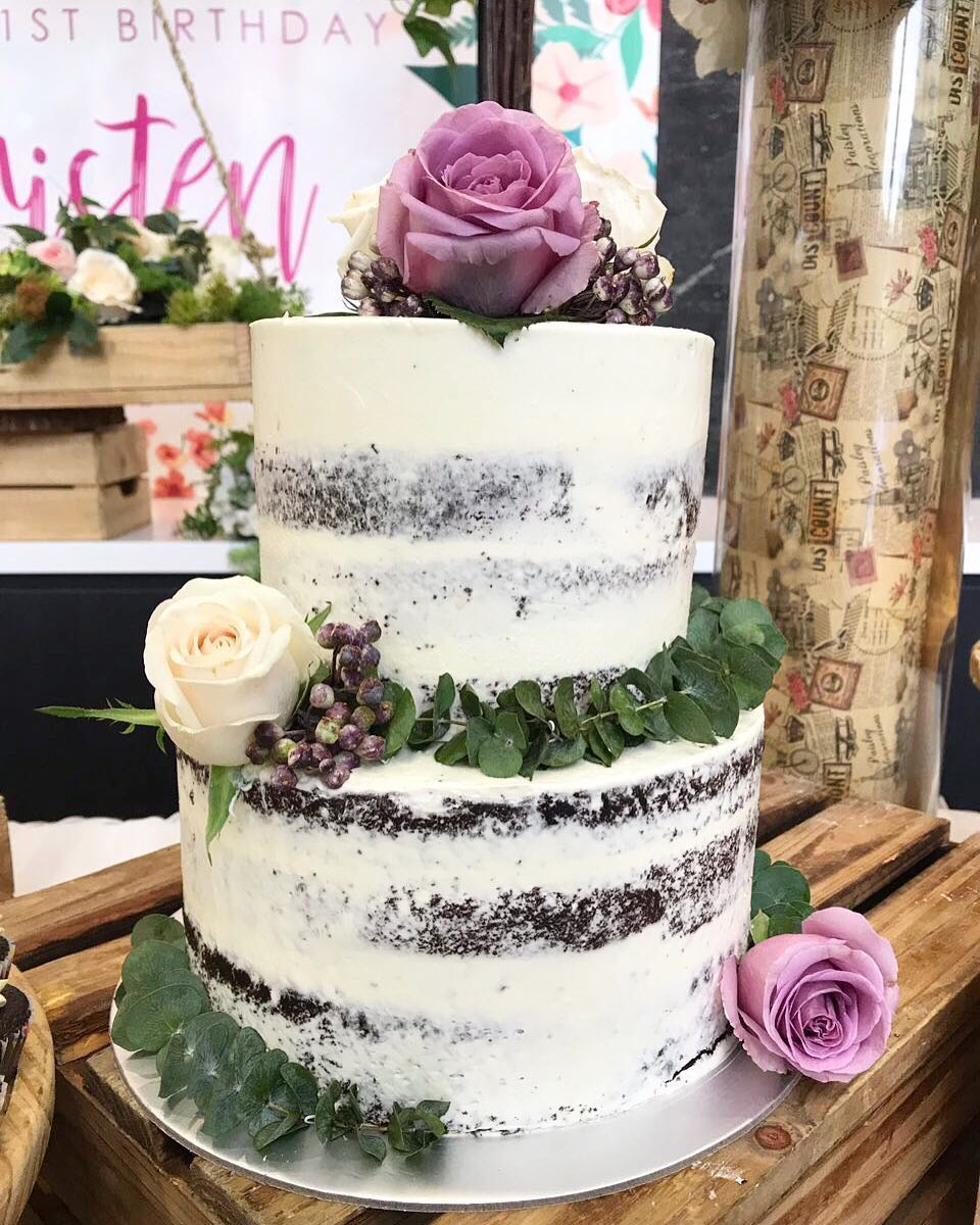 Rustic Semi Naked Cake With Fresh Flowers Birthday Wedding Food