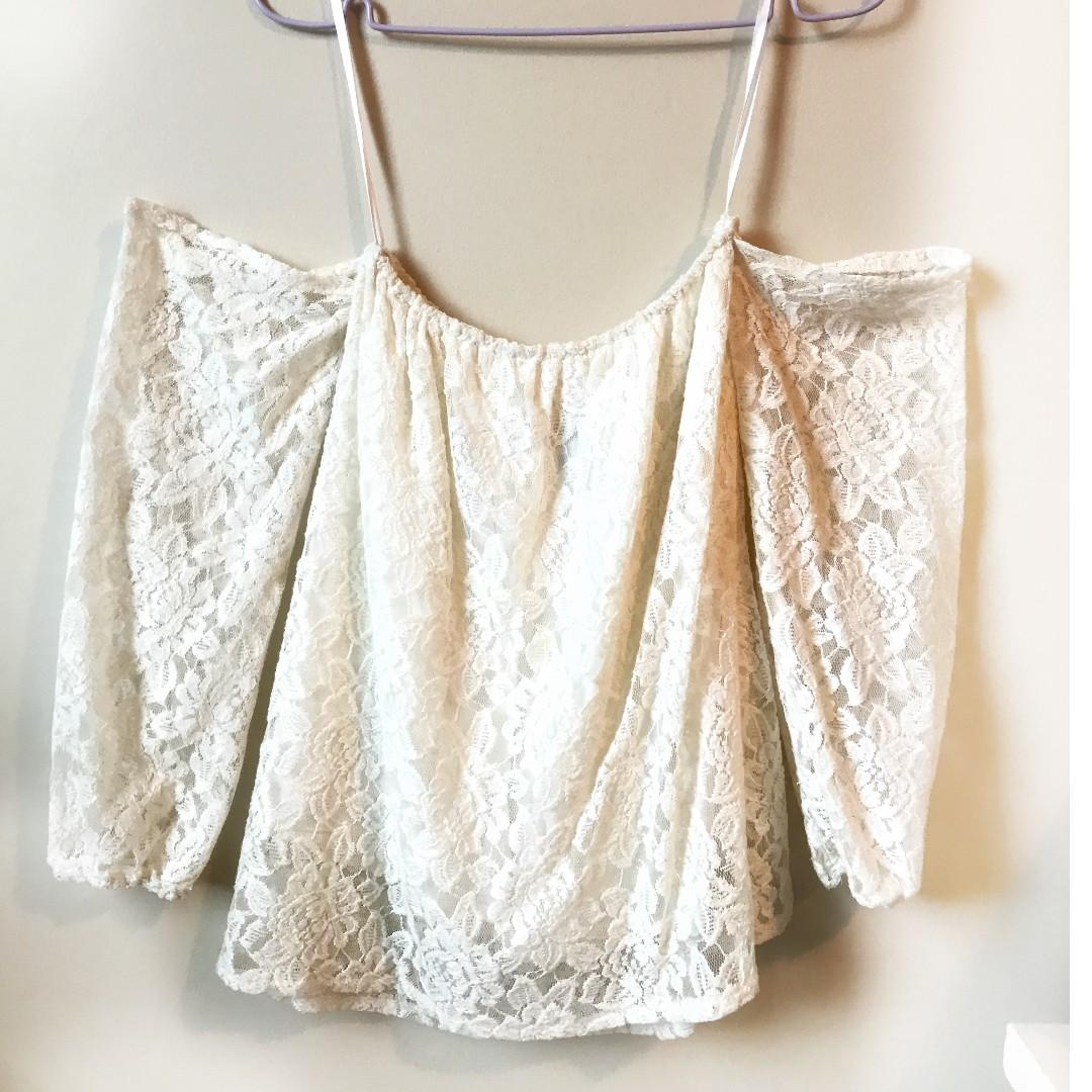 Sabo Skirt White Lace Top - Size 4, Small