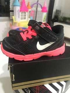 Authentic Nike fusion run shoes