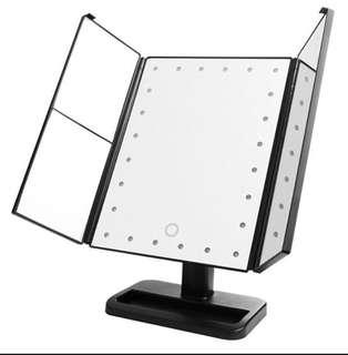 3way foldable standing mirror in black 24led