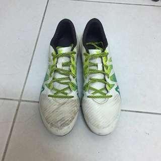 愛迪達 足球鞋 膠釘