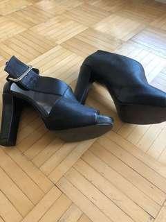 Like new Nine West heels