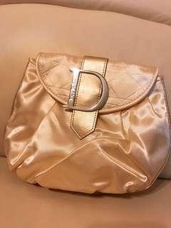 全新 Christian Dior joy 金色 扣 化妝袋  手 party  clutch bag