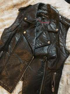 Blanc Noir Faux Pebbled Leather Motorcycle Vest