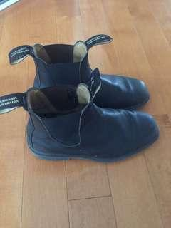 Blundstone Leather Chisel Toe