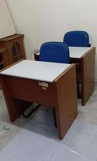 Study Table set kerusi