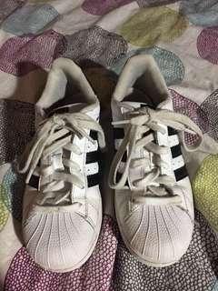 Adidas superstars  US size 4