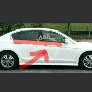 Honda Accord tao 10' door glass outer moulding