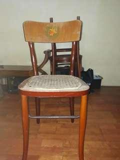Kerusi antik. Antique chair