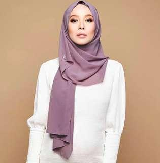 dUCk instant scarf - prom queen (chiffon)