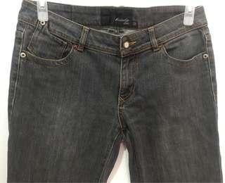 Ash Gray Semi-Skinny Jeans (size 32)
