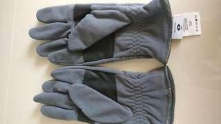Columbia Lightly used winter gloves