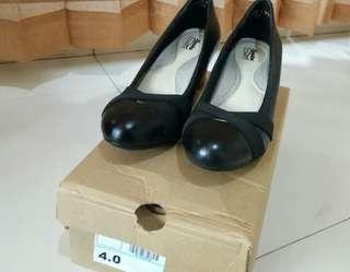 Sepatu Kerja COMFY BATA