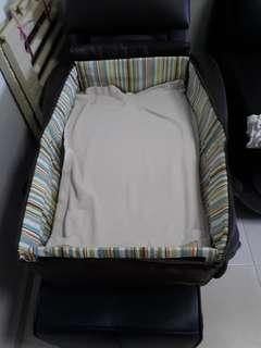 Bassinet with Latex Mattress 50cm by 77cm