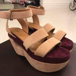🚚 Alia 膚色厚底涼鞋