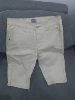 Celana pendek cowo