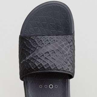 超抵價💥英國代購🇬🇧 Nike Benassi Solarsoft 拖鞋