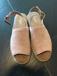 🈹全新Toms涼鞋