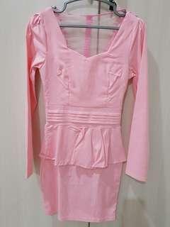 Pink dress lengan panjang