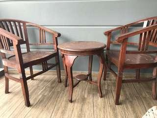 Wooden table + 2 chairs