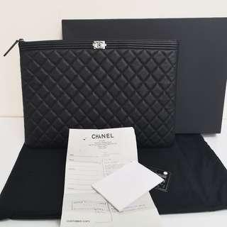 Brand new o case large chanel ley boy with SHW