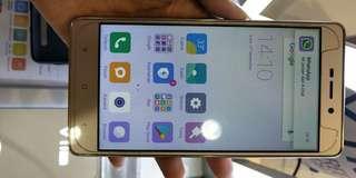 Handphone Bekas Redmi 3 di jual Cepat COD masih di daerah Jakarta