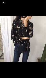 Black ulzzang floral top