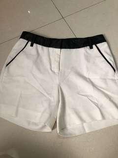 White Pants The Excecutive size M