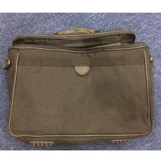 Laptop Bag & Bag Pack to let go