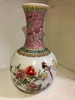 古董花瓶($150限時折扣)