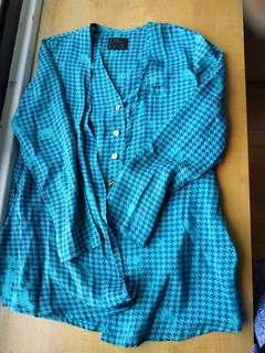 🚚 出清!全新泰國設計師翡翠綠絲質襯衫