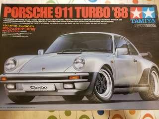 Tamiya 1/24 Porsche 911 Turbo