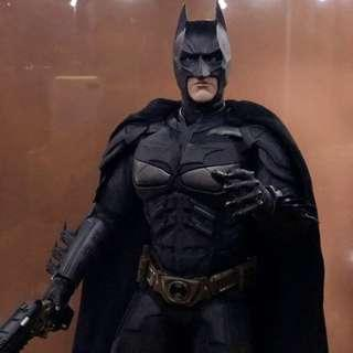 Dark Knight Batman Hot Toys 1/6 Scale