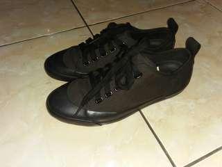 Uniqlo x cristophe shoes size 39 95%