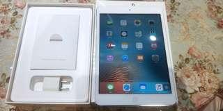 A iPad mini Wi-Fi 32GB 白