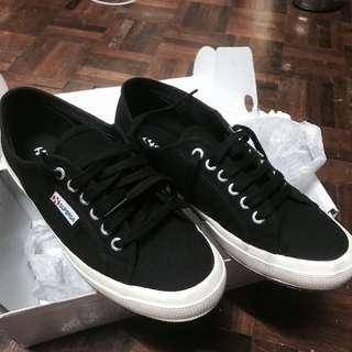Black Superga size us8