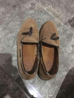 Sepatu Zara Brown Suede Moccasins