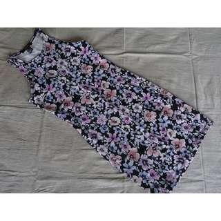 Forever21 Flowery Body con Dress Size S