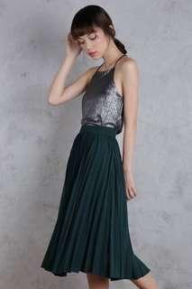 The tinsel rack courtney pleated green skirt