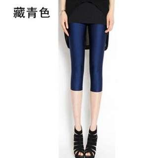 Woman (3/4) Leggings - Dark Blue