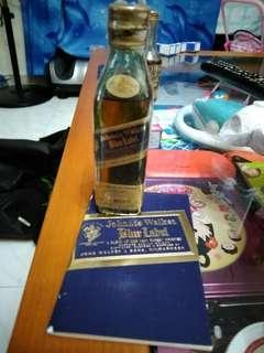 陳年左走JW BlueLabel酒辦50ml連原裝小册子一本。