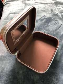HAPPY SKIN RoseGold Cosmetics Box (brush not included)