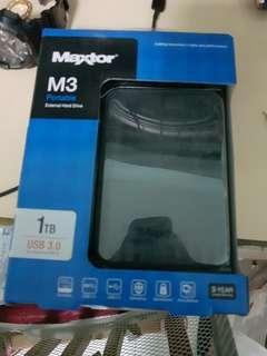 Maxtor External hard drive 1TB