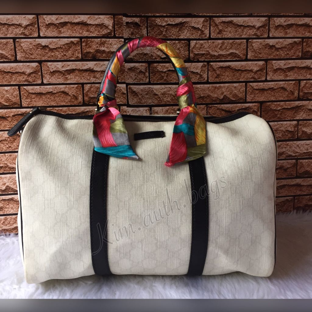 d71bbcd6bd2fc2 Gucci White/black GG Coated Canvas Medium joy Boston bag💥, Luxury, Bags &  Wallets on Carousell