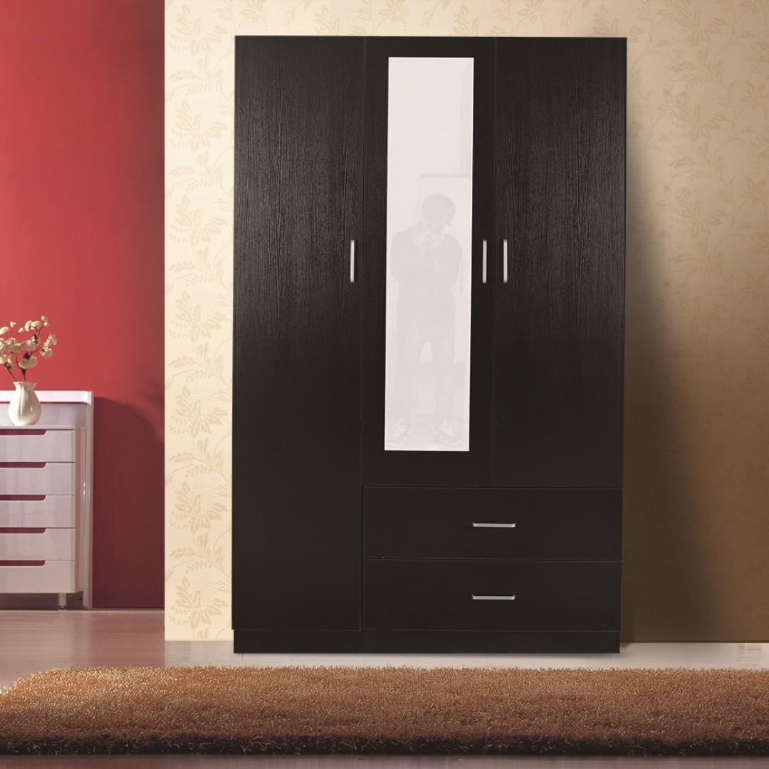 Brand New 3 door 2 drawer wardrobe