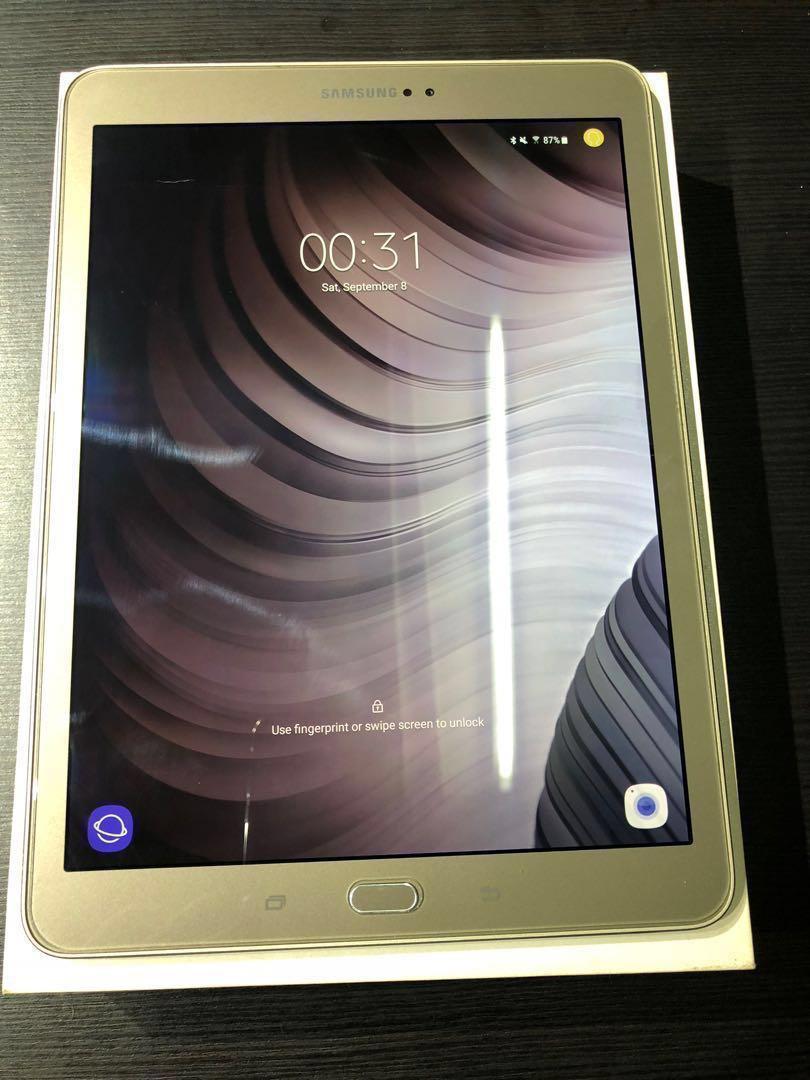 Galaxy Tab S2 9.7吋 32GB T810 Wifi 金色 九成新齊配件 跟1 book cover 1套.
